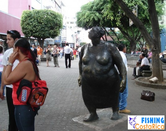Необычные скульптуры города Сан-Хосе