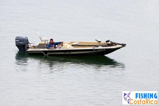 Рыбалка на озере Аренал - флот